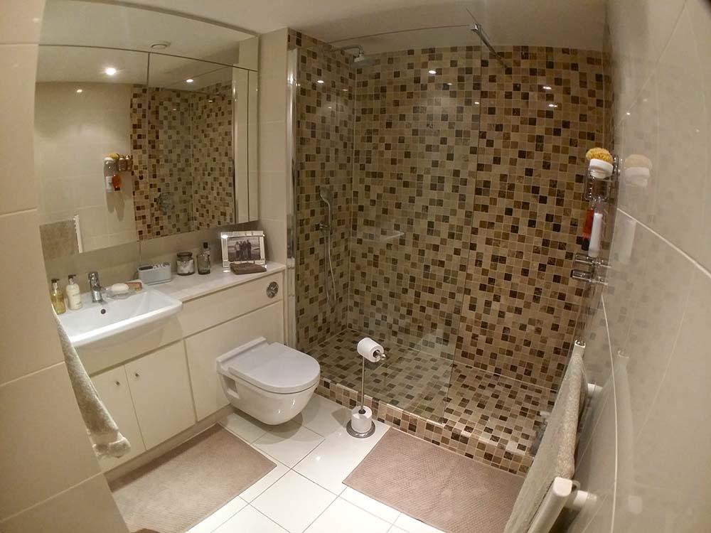 fixing Walk in shower London